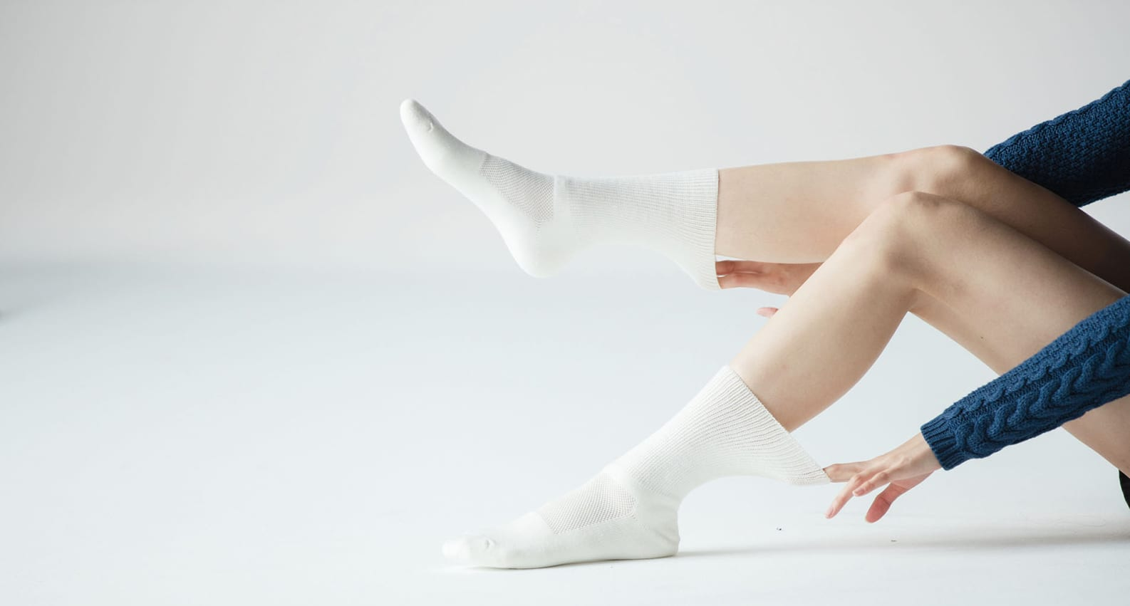 Model wearing TXG Diabetic Cushion Socks